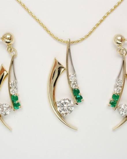 Emerald & Diamond set 9ct. yellow gold horn shaped and palladium wire pendant & earring set.
