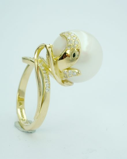 South Sea Pearl (14mm natural pearl) & diamond organically styled 18ct. yellow gold ring.