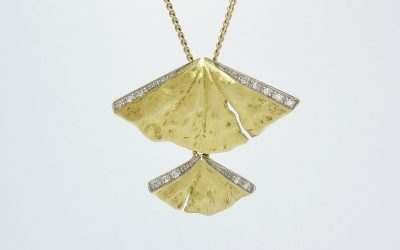 18ct. yellow & white gold diamond set double 'Fan' styled pendant. Was £585 Now £351