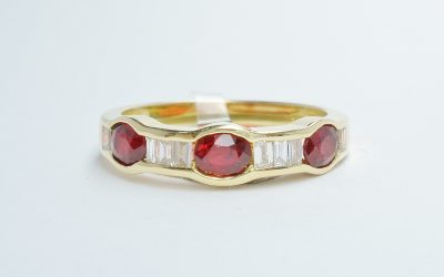 18ct yellow gold Ruby & baguette diamond ring. Rubies 0.84cts., baguettes 0.29cts. Was £1,190 Now £715